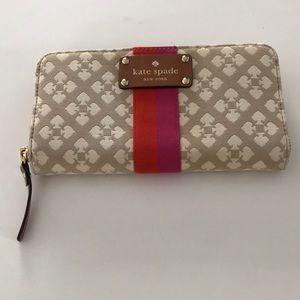 Kate Spade  Neda fabric wallet